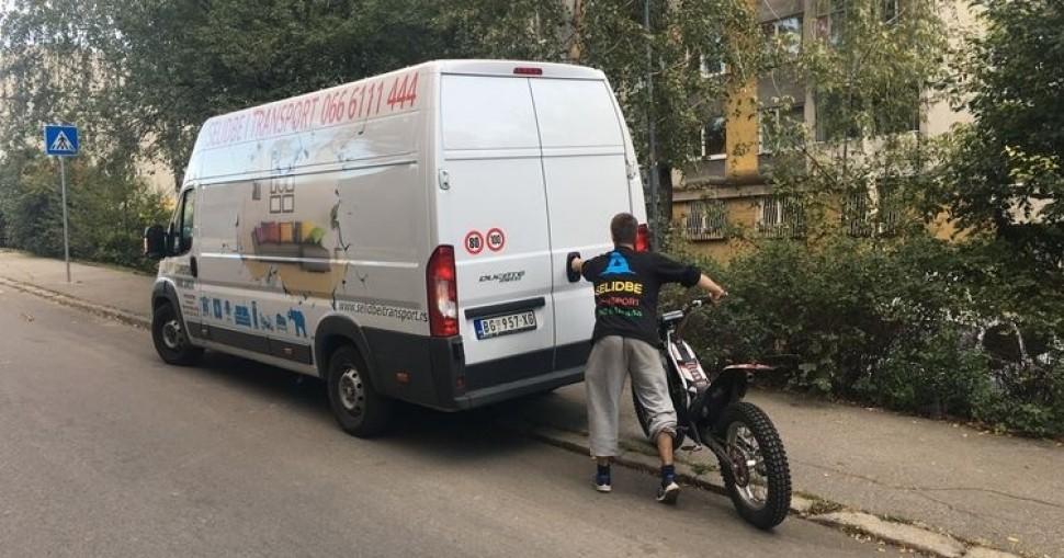 Transport motocikala i skutera u Beogradu i Srbiji