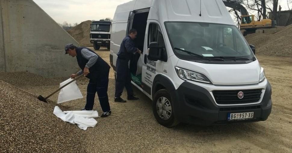 Transport građevinskog materijala - pozovite nas